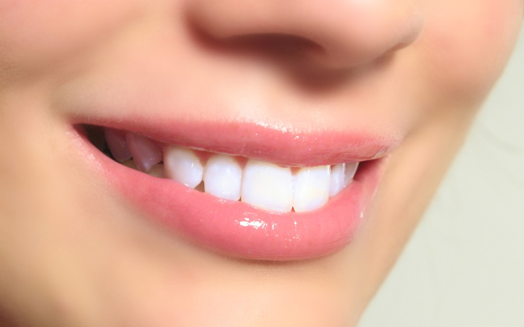 Teeth Whitening Promo – Book By January 15th!
