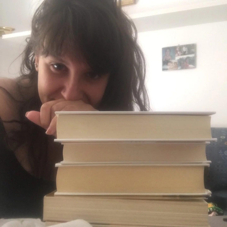 Cinque autori di cui comprerei i romanzi ad occhi chiusi