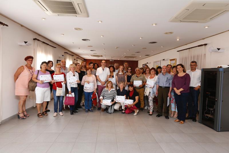 Finaliza el curso para cuidadores de personas dependientes
