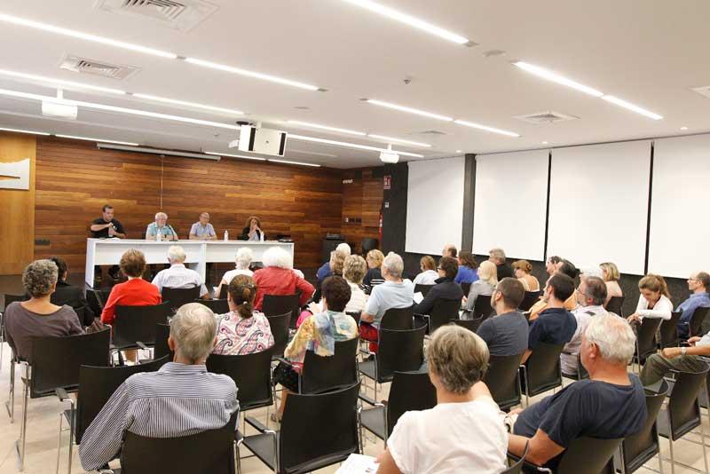 La corrupción a la palestra en el Seminario de Octubre del profesor Johan Gáltung en L'Alfàs