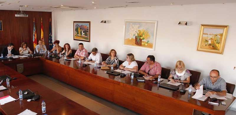 Reunión con  los portavoces de los grupos con representación municipal para abordar el texto actualizado del PGOU