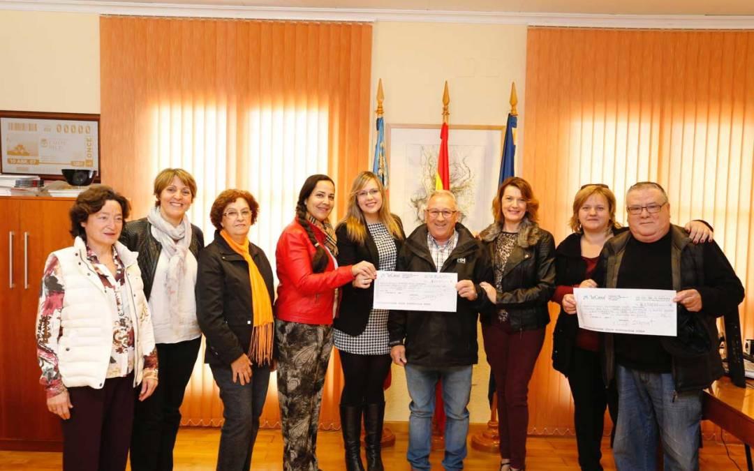 Los jubilados de l'Albir y Memba donan cerca de 3.000 euros al voluntariado de l'Alfàs
