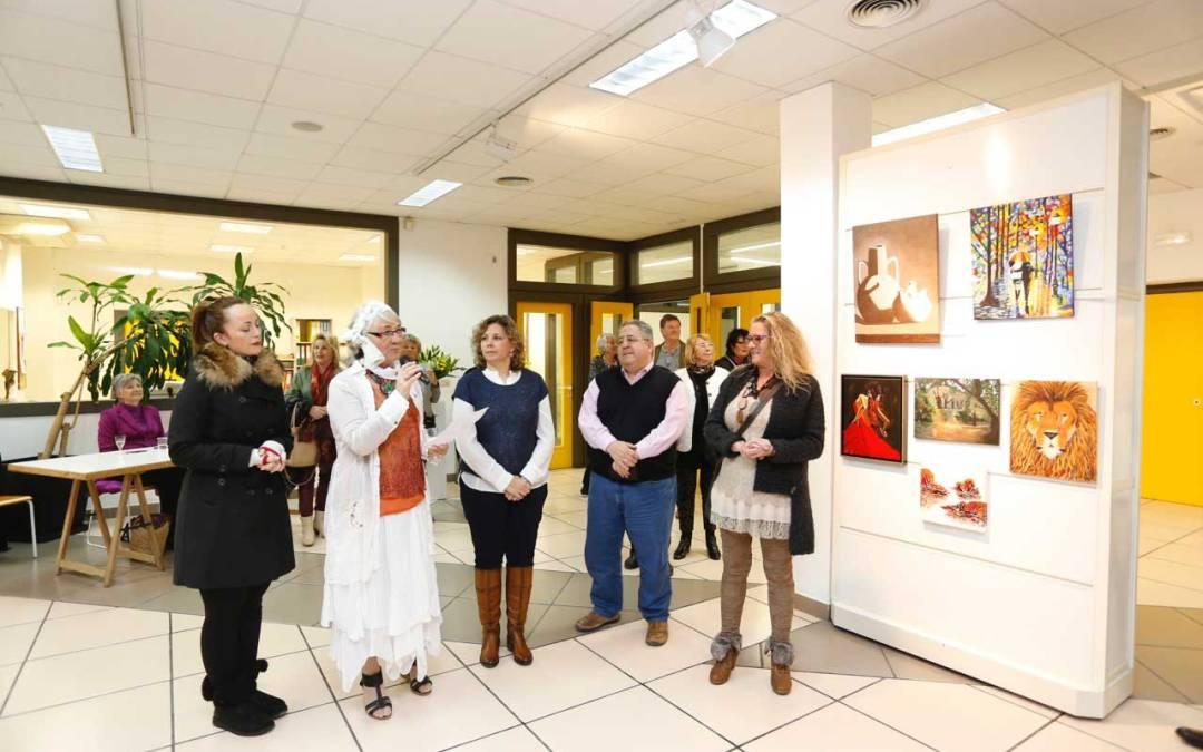 Exposición de Kunstgruppen Costa Blanca en la Casa de Cultura de l'Alfàs del Pi