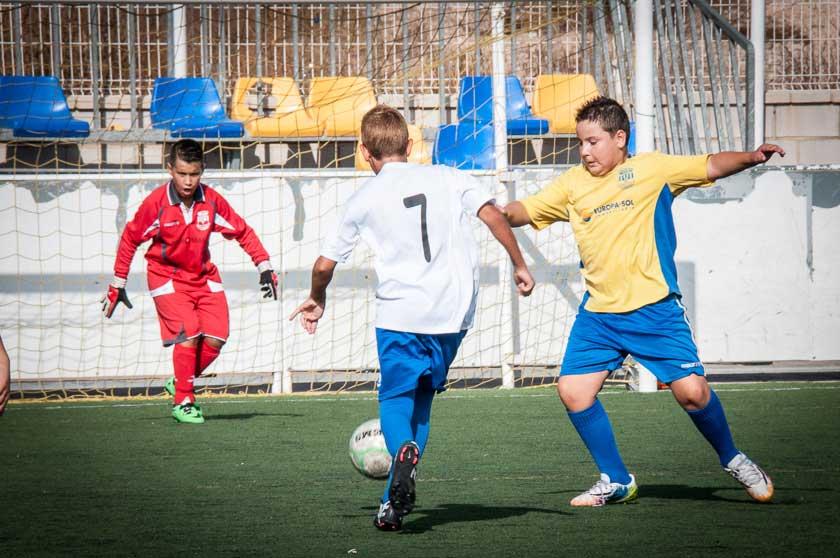 Los días 2 y 3 de Abril  se celebra el primer torneo  Querusport Nova Cup 2016.