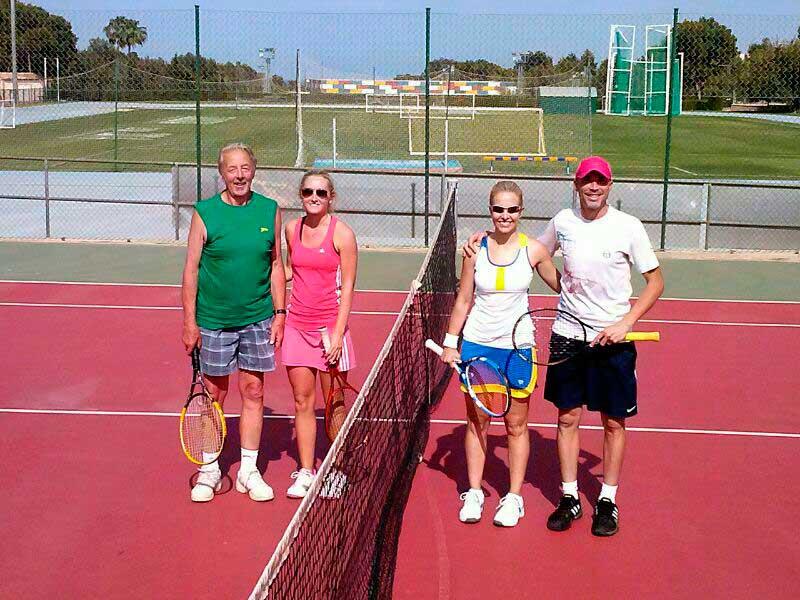 Este domingo se celebra el sexto torneo de tenis de dobles Open Mixto de l'Alfàs del Pi.