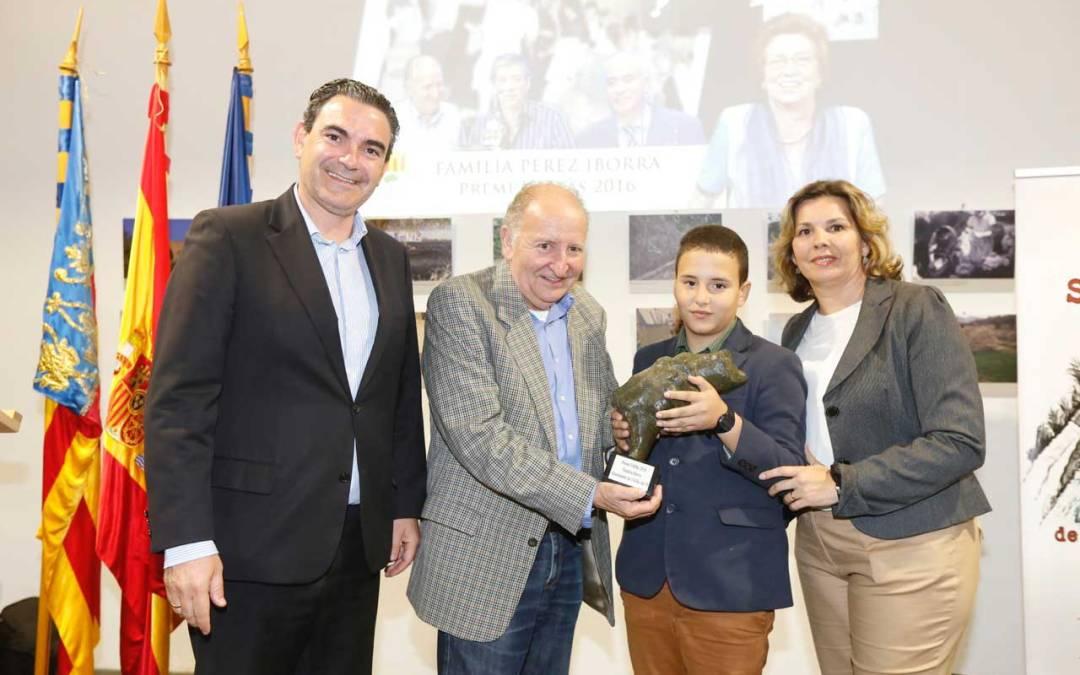 La familia del Cine Roma recibe el Premi l'Alfàs 2016