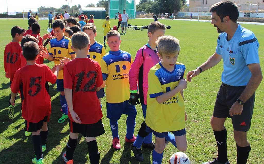 Varios equipos de l'Alfàs del Pi fueron finalistas y campeones del  primer torneo  Querusport Nova Cup 2016.