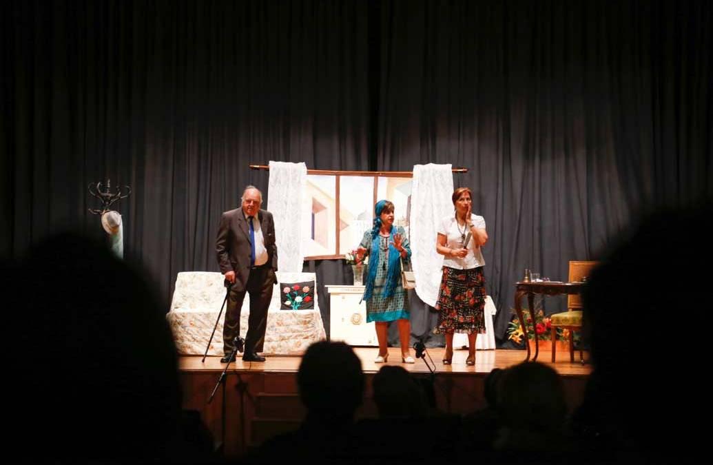 El grupo de teatro La Florida clausura la Semana Socio-cultural de la Tercera Edad
