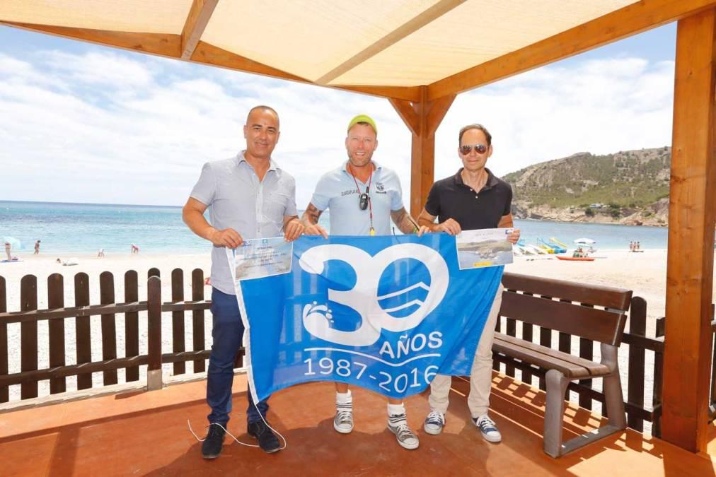 La playa del Racó de l'Albir presume de 30 años de excelencia e inicia una nueva temporada con servicios de primer nivel