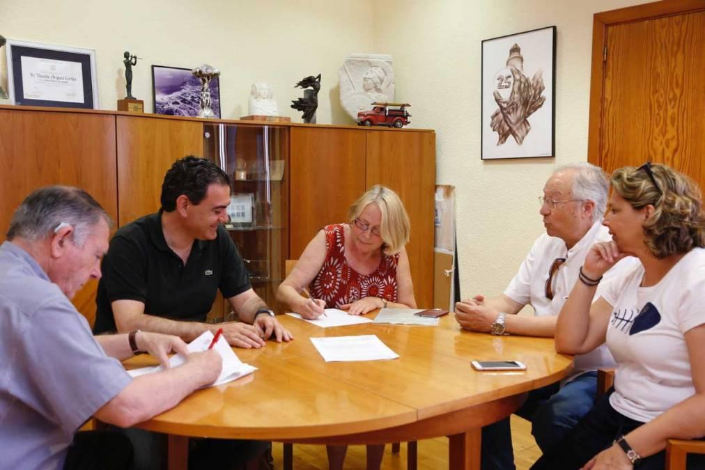 La Asociación Cuidemos El Albir firma un convenio con el Ayuntamiento de l'Alfàs del Pi