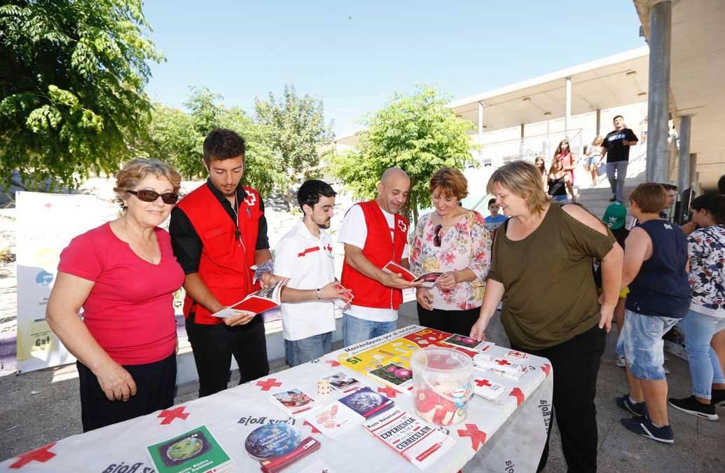 Cruz Roja busca voluntarios entre el alumnado del IES L'Arabí de l'Alfàs