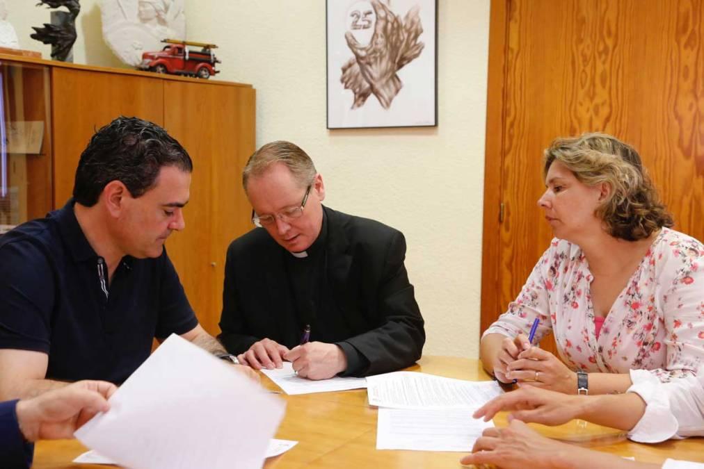 El Ayuntamiento de l'Alfàs y la Parroquia de San José renuevan el convenio de colaboración