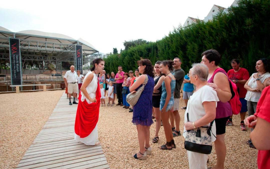 Voconia Domitila vuelve a abrir las puertas de 'su' Villa Romana de l'Albir en una nueva visita teatralizada
