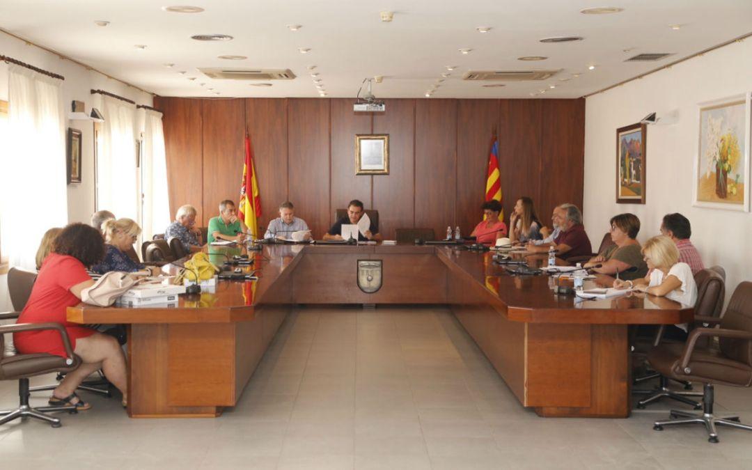 Se constituye en l'Alfàs una comisión para consolidar el hermanamiento con Covarrubias