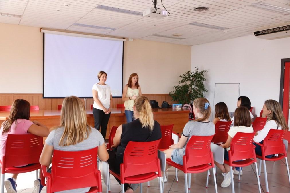 El curso de cortos organizado por la concejalía de juventud de l'Alfàs del Pi consigue completar todas sus plazas