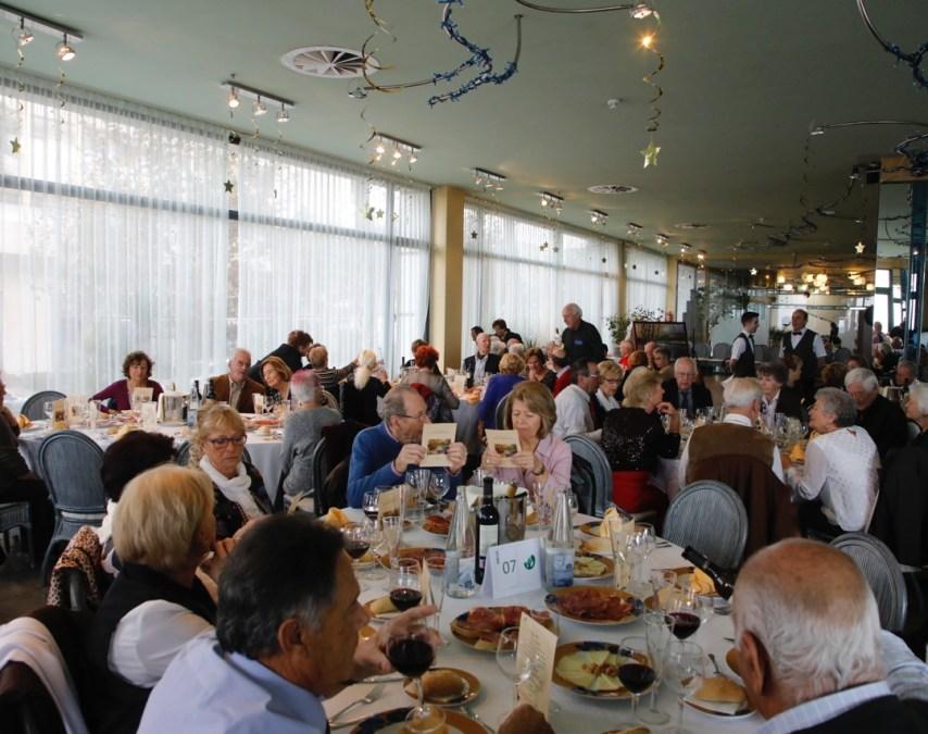 Los jubilados de l'Albir celebraron su tradicional comida de Navidad