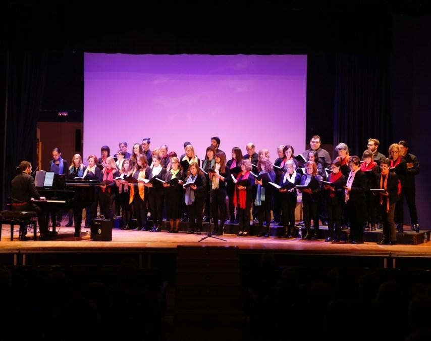 Concierto navideño de la Coral de la Universitat d'Alacant en la Casa de Cultura de l'Alfàs