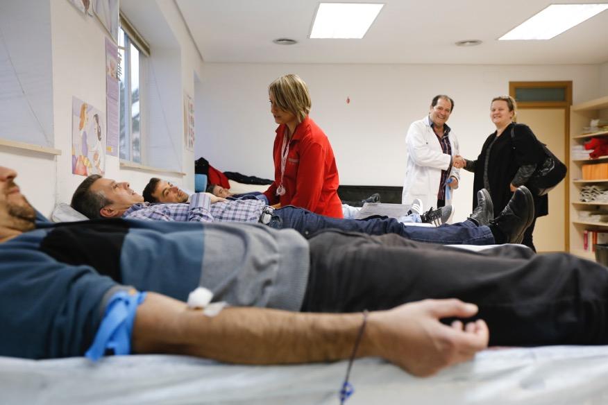 Cerca de 400 personas donaron sangre en l'Alfàs del Pi en 2016
