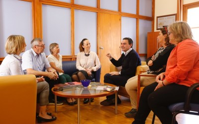 Vicente Arques recibe de forma oficial al nuevo presidente del Club Noruego de l'Alfàs del Pi