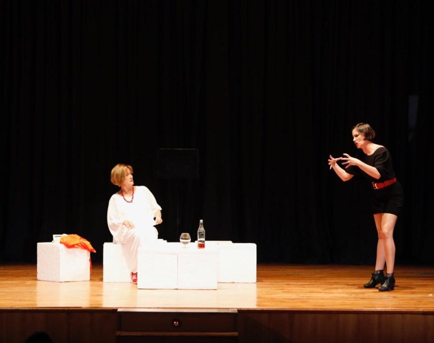 Los alumnos del taller de teatro y audiovisual finalizan su formación con la representación de 'Scenas'