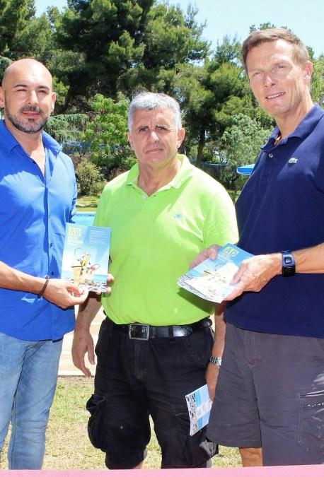 Presentada la oferta de cursos de la piscina  municipal de l'Alfàs del  Pi.