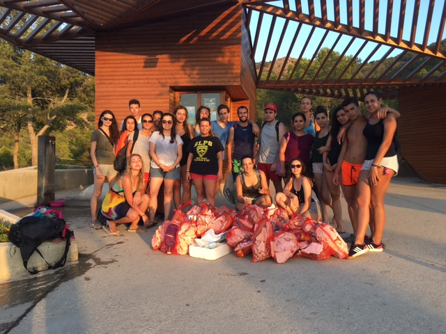 Los campos de voluntariado fomentan la conservación del patrimonio de l'Alfàs