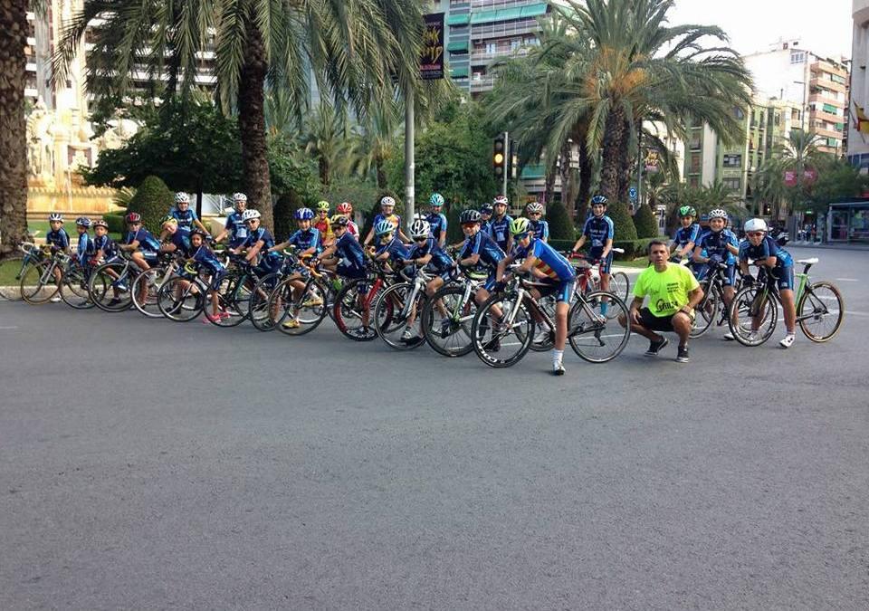La escuela de ciclismo de l'Alfàs del Pi es segunda mejor de la provincia de Alicante
