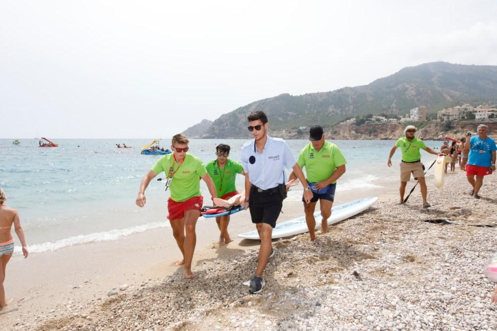 El servicio de socorrismo de la playa del Racó de l'Albir salda la temporada con apenas una decena de rescates