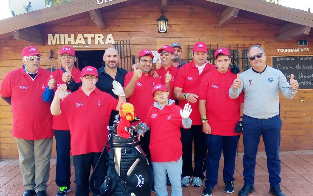 Hoy ha empezado el curso de Golf para  8 alumnos del Centro Ocupacional y de Ocio comarcal Doble Amor
