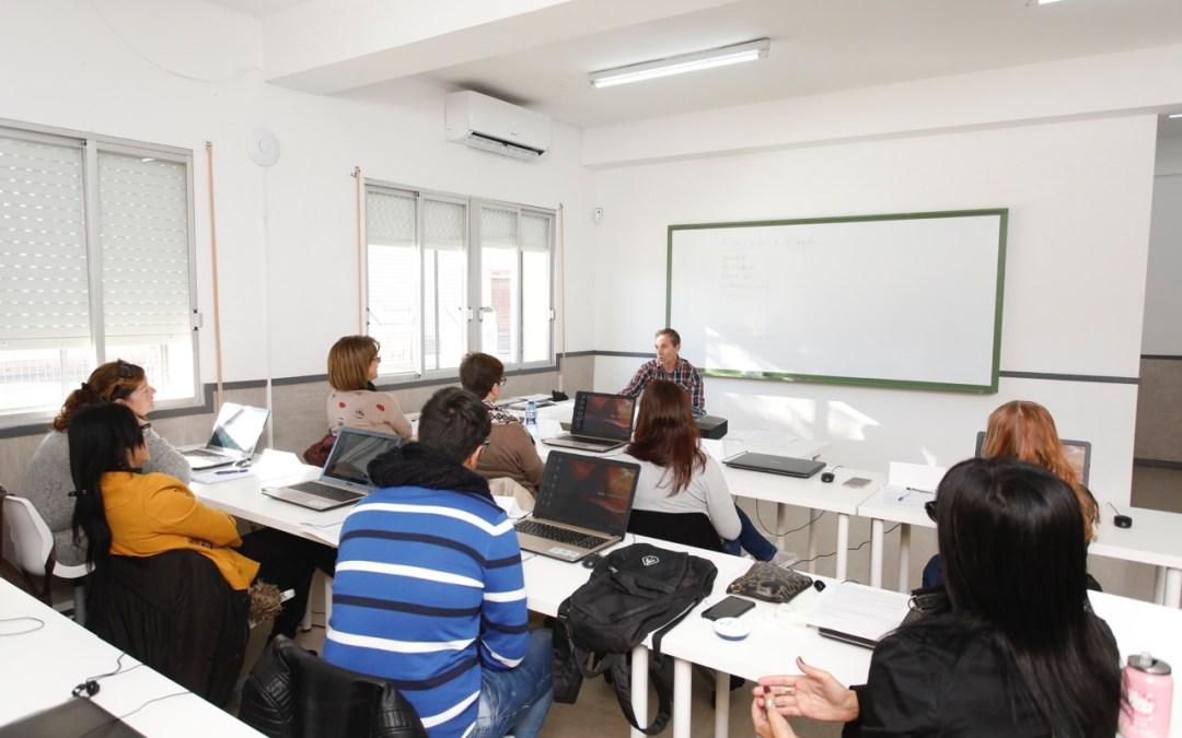 Arrancan en el Centro de Formación Ocupacional de l'Alfàs cinco cursos para desempleados