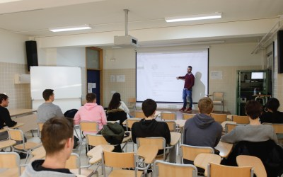 L'Alfàs impulsa, como Ciudad Educadora, un taller de crecimiento personal para alumnos del IES L'Arabí
