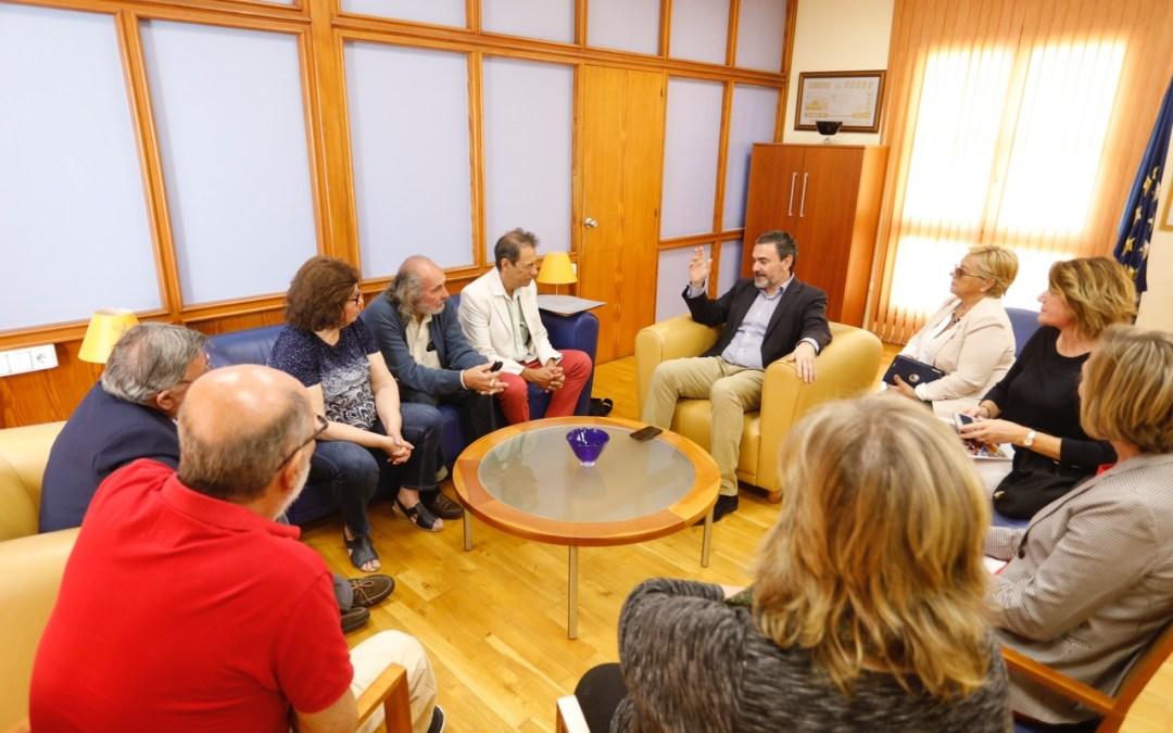 Una delegación uruguaya de Aguas Corrientes se interesa por l'Alfàs