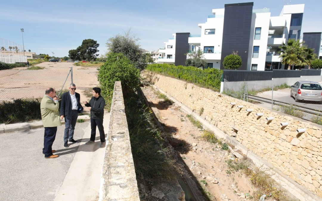En marcha la construcción del puente en la calle San Miguel de l'Albir
