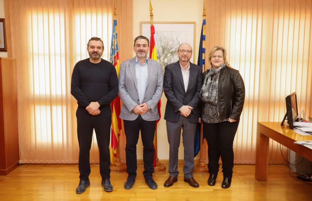El Ayuntamiento de l'Alfàs y APSA colaboran en programas de atención a familias y a personas con discapacidad