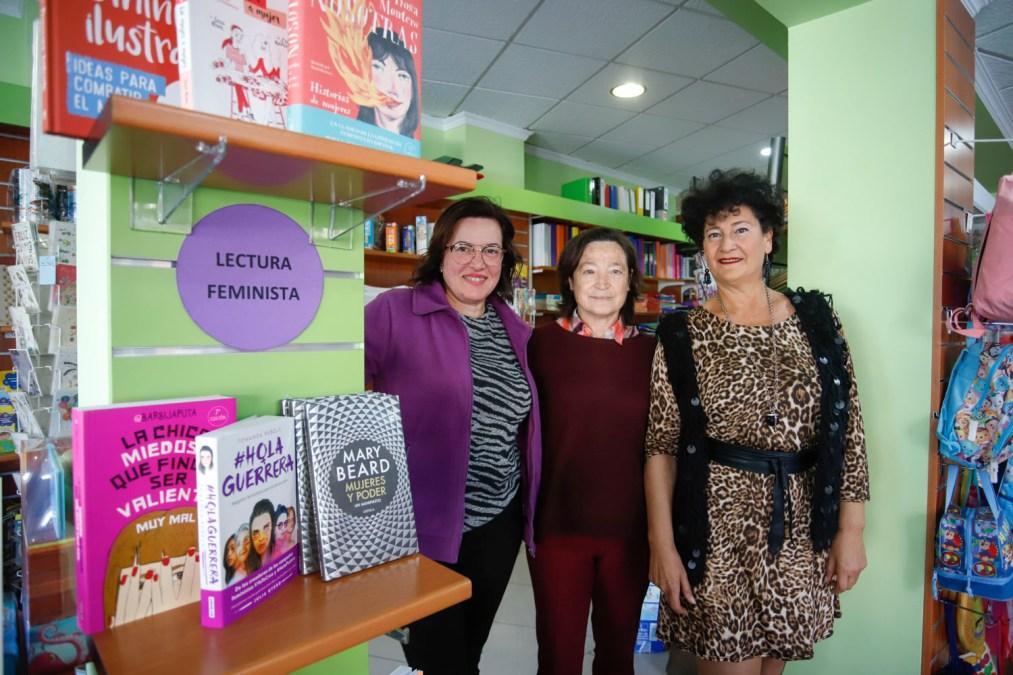 Las librerías de l'Alfàs habilitan zonas violeta con libros sobre feminismo e igualdad