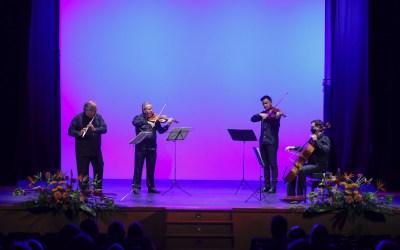 Claudi Arimany abrió el trigésimo Festival Mozartmanía de música clásica junto a Beaux Arts String Trío