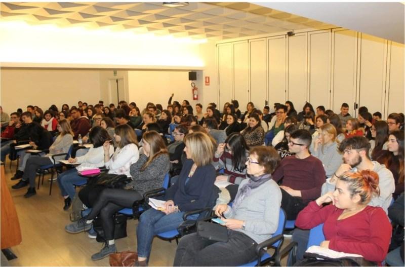 Al Panzini di Senigallia per sapere come studiare o lavorare all'estero