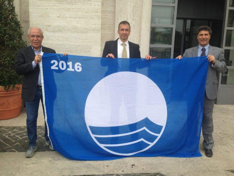 Anche Mondolfo ottiene la Bandiera blu 2016 per la spiaggia di Marotta