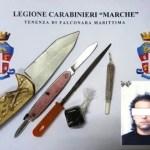 Coltelli e droga recuperati dai carabinieri di Falconara