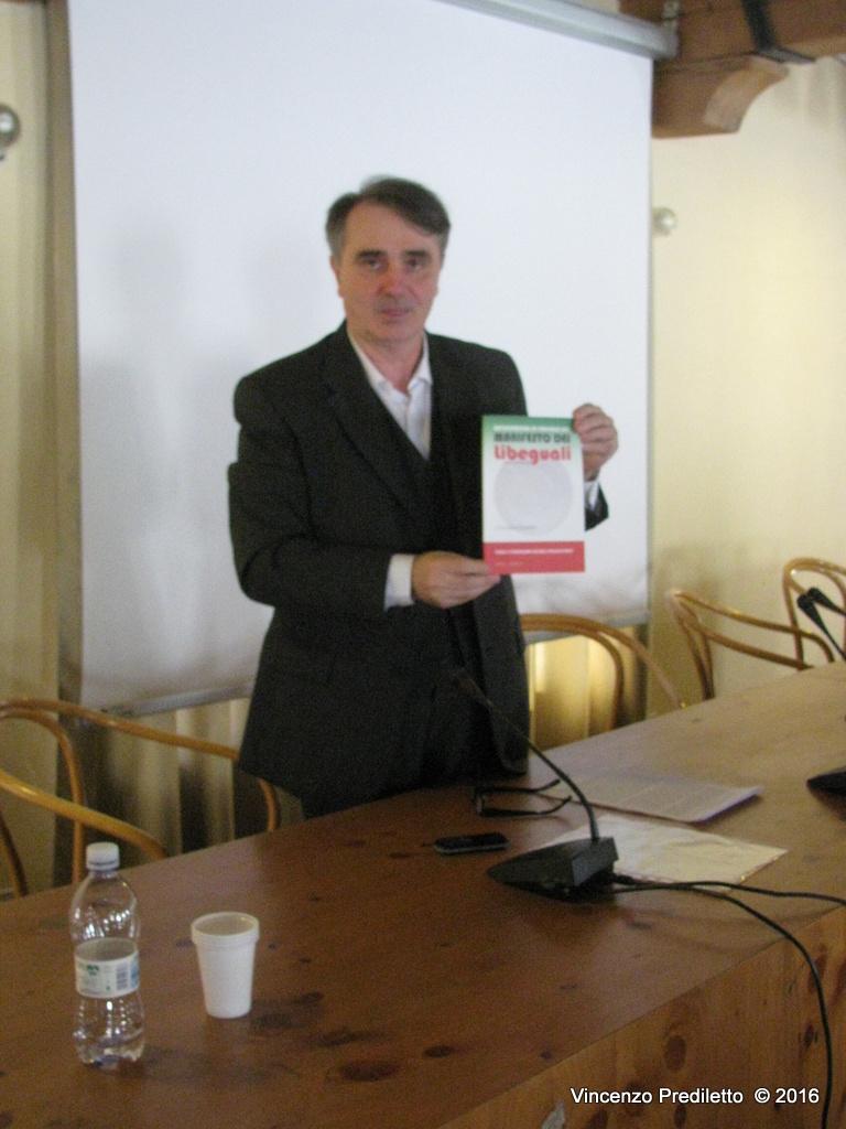 SENIGALLIA / Rapporti sociali e nuova politica: presentato il libro di Luciano Chiappa