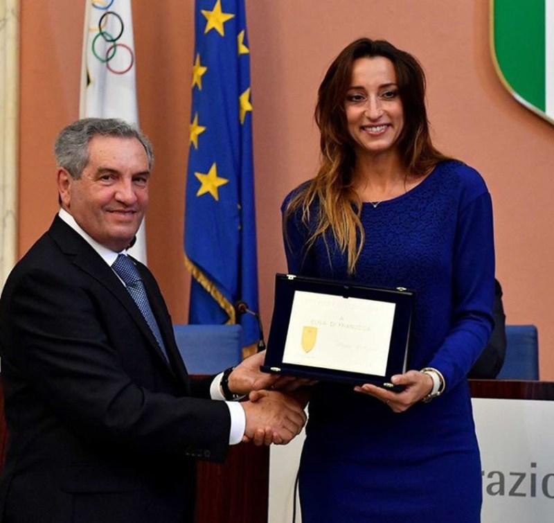 Il Club Scherma Montignano Marzocca Senigallia  insignito dello Scudo d'onore di bronzo