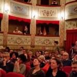 """SAN LORENZO IN CAMPO / """"1 palco 1000 emozioni"""", al Teatro Tiberini concerti, comicità, danza, prosa"""
