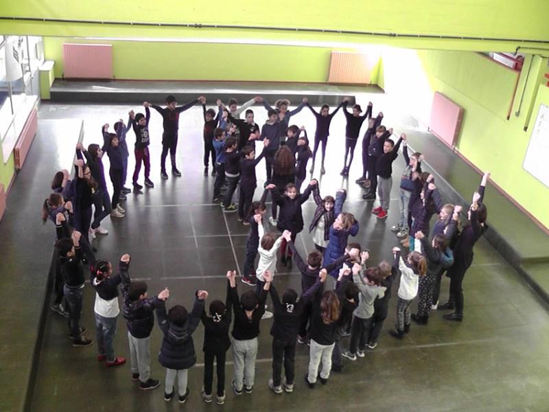 SENIGALLIA / La scuola primaria di Cesanella contro il bullismo