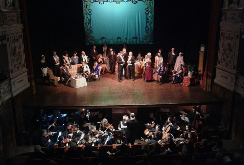 CAGLI / In un Teatro comunale gremito una Traviata sempre più spettacolare