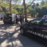 Carabinieri sulle tracce dei ladri dopo un furto su un automezzo aziendale al parco Kennedy di Falconara
