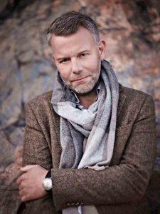 Arne Dahl, maestro del noir nordico, ospite lunedì al Festival del giallo di Senigallia