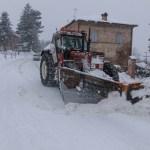 """Il piano stradale si è abbassato per la neve, chiusa a Cartoceto la Provinciale 83 """"Morola"""""""