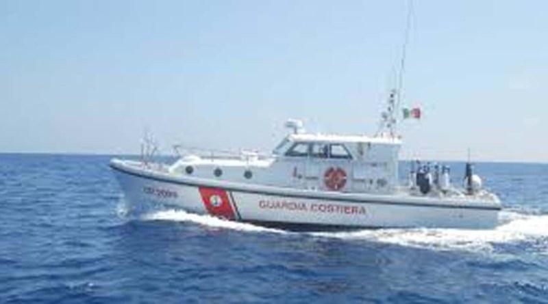 Tragedia a Falconara: si allontana da casa nella notte, anziano ritrovano senza vita in mare