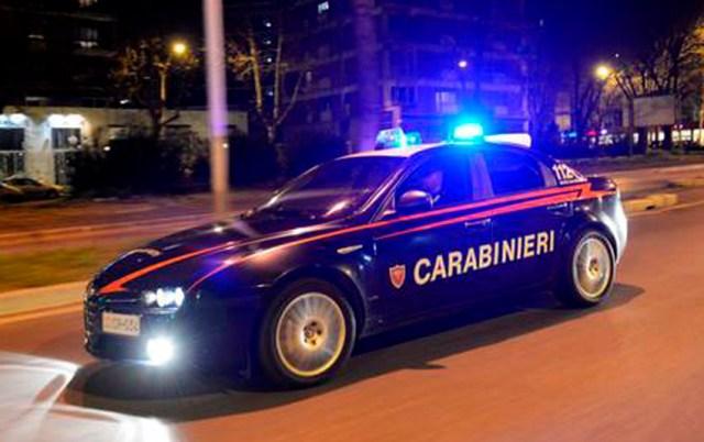 Litiga con il padre della fidanzata ed aggredisce i carabinieri: diciannovenne arrestato a Senigallia