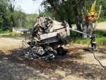 Imballatrice distrutta dalle fiamme ad Avenale di Genga